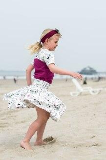 Hanne Jersey skirt & discoverer tee-0280