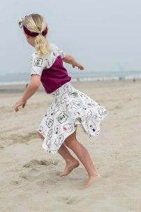 Hanne Jersey skirt & discoverer tee-0283