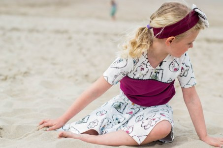 Hanne Jersey skirt & discoverer tee-0294